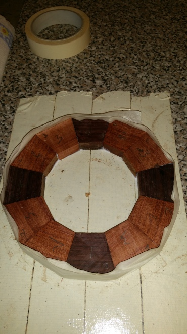 1. Each layer is built up from 12 segments of hardwood comprising three different colurs.